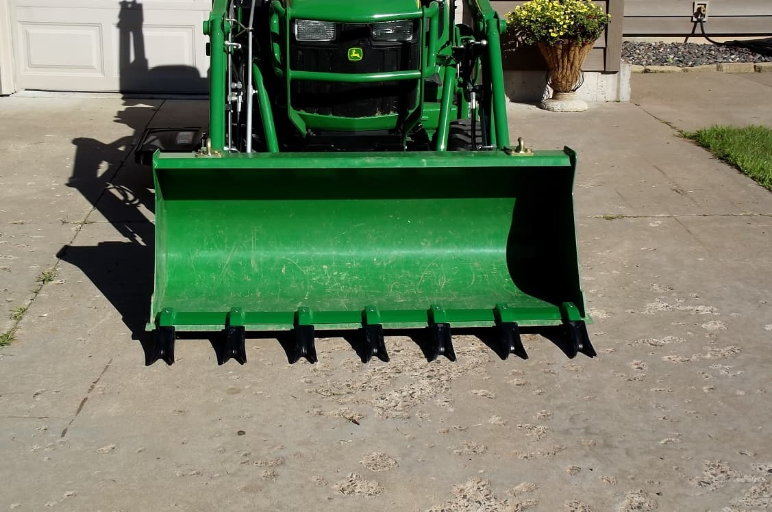 Tractor Loader Teeth : Toothbar for front end loader bucket compact tractor