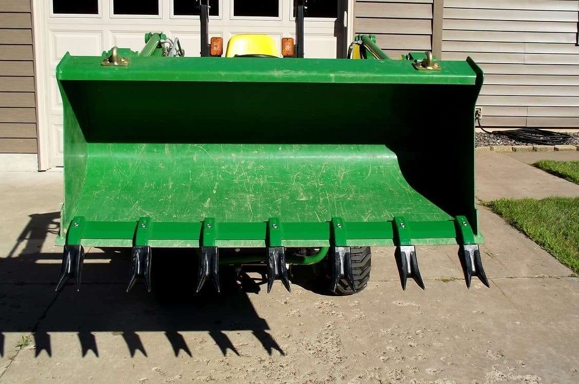 Bucket Tooth Bar, Clamp On for Sub-Compact Tractor